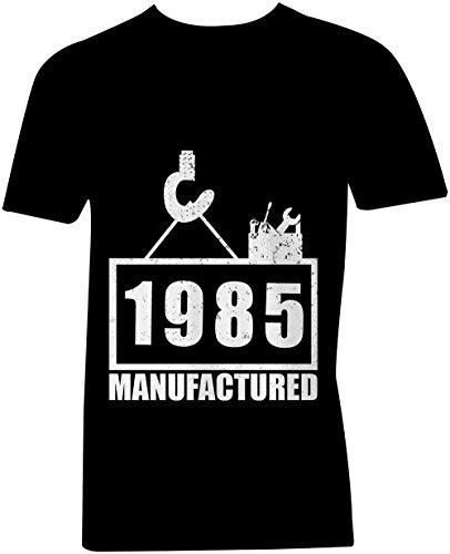 Manufactured 1985 - V-Neck T-Shirt Männer-Herren - hochwertig bedruckt mit lustigem Spruch - Die perfekte Geschenk-Idee (01) schwarz