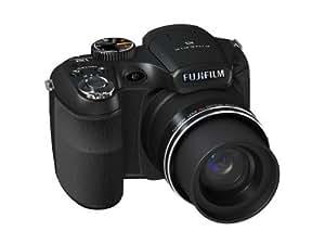 Fujifilm FinePix S1600 Digital Camera (12MP, 15x Wide Optical Zoom) 3 inch LCD