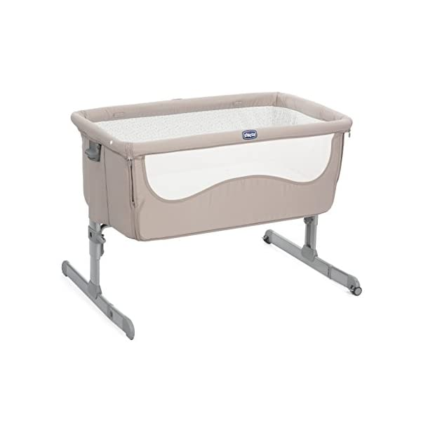 Cradle Cododo Next 2 Me Chick to Chick - Chicco  Maximum adjustability - Next 2 Me can be adjusted up to 6 different heights and it can also be used inclined to help with baby's congestion and reflux. Crib attaches to Parents' bed using a strap Rounded and cocooning shape Soft padded sides for extra comfort Mattress included. Removable and washable lining. 1