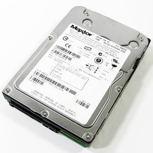 8K073S0 MAXTOR 73 GB 15 K LFF SAS HDD -