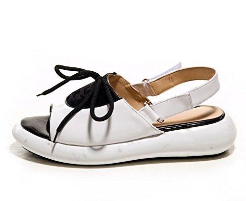 Adee Mesdames cross-body-strap couleurs assorties en cuir Sandales Blanc - blanc