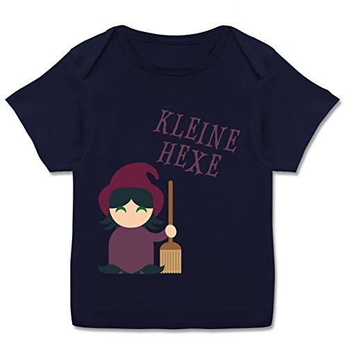 Anlässe Baby - Kleine Hexe süß - 80-86 (18 Monate) - Navy Blau - E110B - Kurzarm Baby-Shirt für Jungen und Mädchen (Hexe Kostüm Für Freche Kinder)