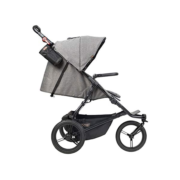 Mountain Buggy Model: Urban Jungle Luxury Collection Herringbone Including Changing Bag and Baby seat (carrycot Plus) Mountain Buggy Box contents: 1 Mountain Buggy Urban Jungle Luxury Collection Herringbone including changing bag and baby seat (carrycot plus) Product weight: 11.5 kg Seat load: 25 kg 4