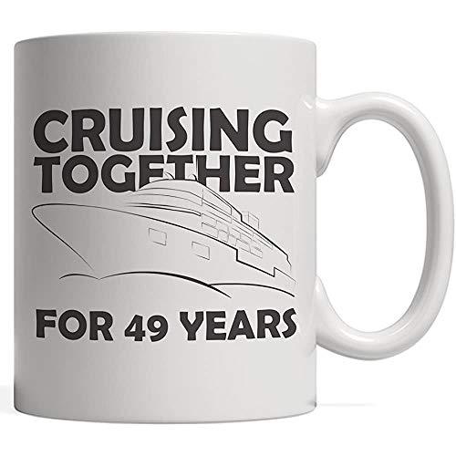 Kaffeebecher Gemeinsame Kreuzfahrt 49 Jahre Nautische Paare Zum 49. Hochzeitstag Segeln Immer Noch Auf Hoher See Oder Im Meer Im Urlaub Oder Im Ruhestand Auf Einem Großen Boot Oder