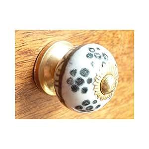 int. d'ailleurs - kleine schwarze Blumen Buttons - KNBMIN554