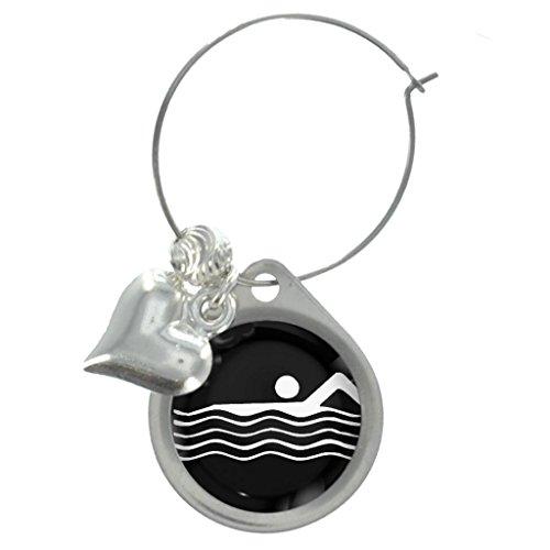 Olympischen Schild Schwimmen Wein Glas Charme mit dekorativen Perlen (Schwimmer Charme)
