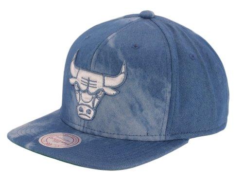 Herren Kappe Mitchell & Ness Chicago Bulls Fade Away Dyed Denim Cap (Bekleidung Fade Denim)