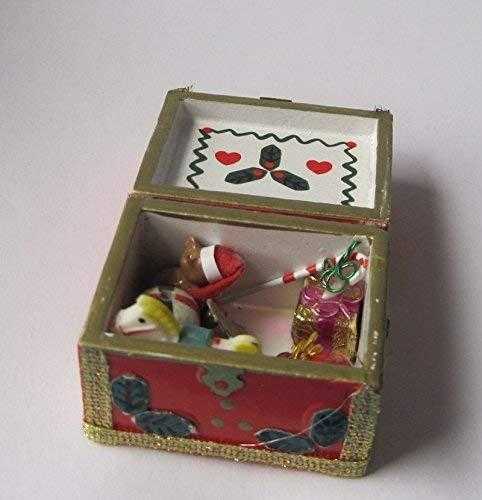 The Dolls House Emporium Eine Kiste mit Weihnachtssachen