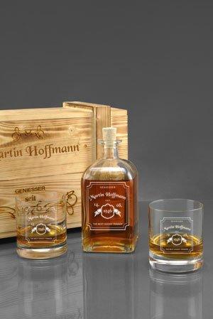 Kiste Whisky (Whisky-Geschenkset in Holzkiste mit Gratis-Gravur - 2 Whiskygläser + Whiskyflasche + Gravur als Geburtstagsgeschenk | Männergeschenke (WL2))