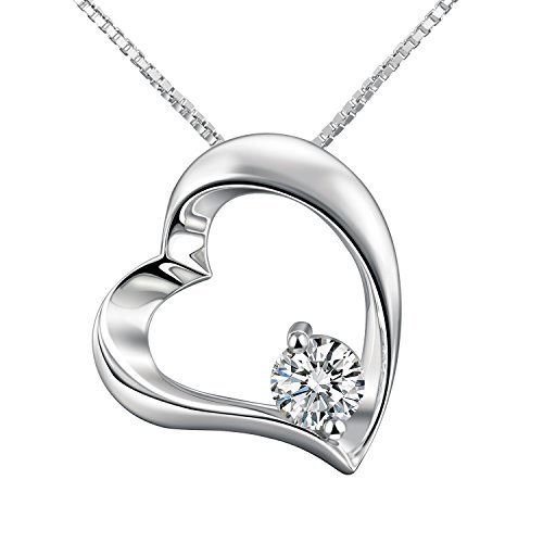 Adan Banfi in argento Sterling placcato in oro bianco Collana con ciondolo a forma di cuore con zirconi