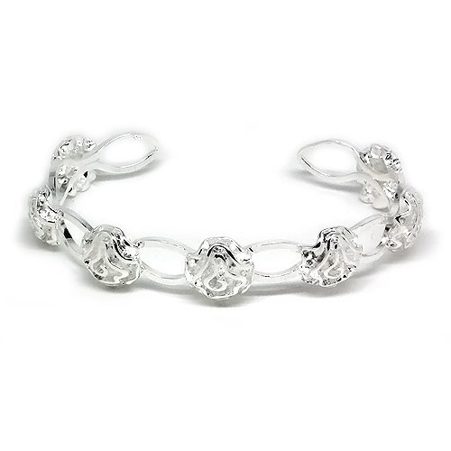Stylish and Classy Silver Flower Bangle
