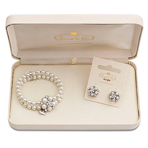 audrey-hepburn-pearl-stud-earring-audrey-hepburn-pearl-stretch-bracelet-cream-with-gift-box