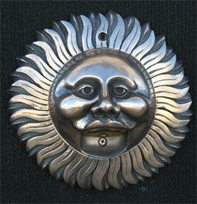 Fixation murale fantaisie Décapsuleur 'Sun Face' – Argent satiné Finition métallique (intérieur ou extérieur)