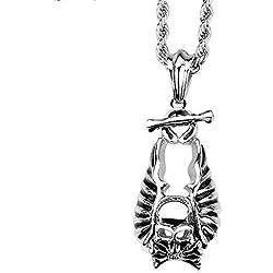 Collar con diseño de piratas en acero de titanio.