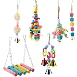 Smandy 6 PCS Pet Bird Parrot Cage Toy, Parrocchetto Bird Toys Perches Altalena appesa Giocattoli con Perline di Legno Colorate Bells Sepak Takraw per pappagalli