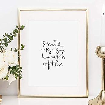 Sprüche Poster, Kunstdruck: Smile big laugh often | Hochwertiges und festes Premiumpapier | Ohne Rahmen
