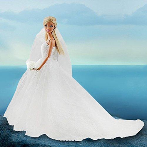 Hochzeitskleid / Brautkleid für Barbiepuppe mit weißem Schleier