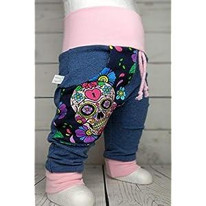 Baby Pumphose mit Tasche Skulls Totenkopf Bunt Jeansoptik handmade Puschel-Design
