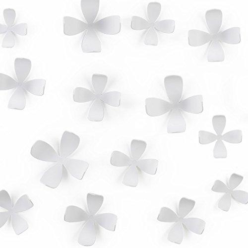Preisvergleich Produktbild banjado - umbra Wand Deko 25 Stück WALLFLOWER Design weiße Blumen selbstklebend Zubehör Wandsticker