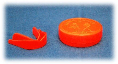 strawberry-junior-gum-shield-for-boxing-hockey-mma-rugby-karate-martial-arts