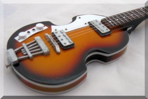 PAUL McCARTNEY Miniatur Gitarre Bass Hofner Beatles - E-gitarre Paul Les