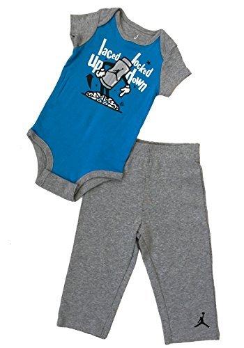 Nike Jordan Infant New Born Baby 9/12Monate Babyausstattung Set (Gap Jacke Mädchen)