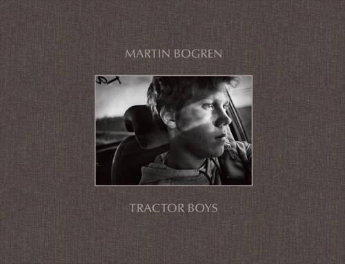 Tractor Boys por Martin Bogren