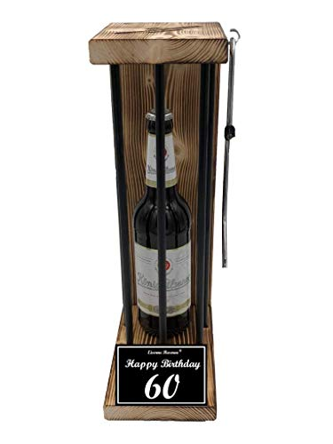 (Happy Birthday 60 Geburtstag - Die Eiserne Reserve ® Black Edition mit König Pilsener 0,50L incl. Säge zum zersägen der Stäbe - Die ausgefallene lustige witzige Geschenkidee - Biergeschenk)