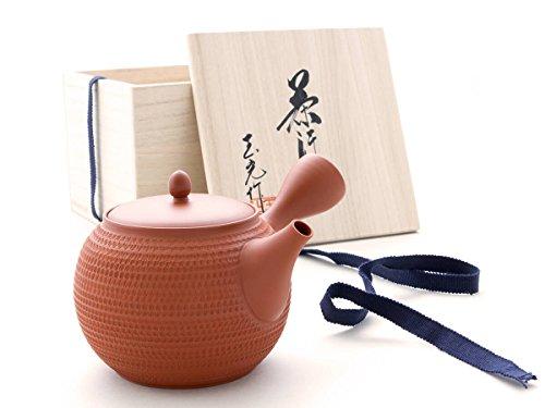 Gyokko - Japanische Tee-Kanne Tokoname TOBIKANNA SHU mit Geschenkbox. Rot, Handmade auf der Töpfer-Scheibe. Unglasiert, integriertes Keramik-Sieb