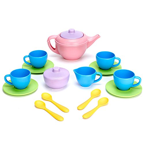 green-toys-dinette-service-a-the