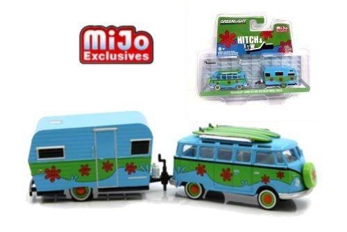 Greenlight Volkswagen VW Samba Bus und 1959 Siesta Travel Trailer Set 1:64 (Toy Trailer Travel)