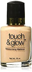 Revlon Touch and Glow Liquid Make Up, Ivory Mist, 20ml