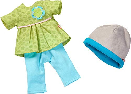 HABA 304584 - Kleiderset Wiesenzauber, Puppenzubehör für 32 cm große HABA-Puppen, Set aus Kleid, Hose und Mütze, Spielzeug ab 18 Monaten