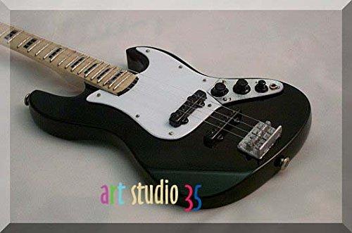 ADAM CLAYTON Miniatura Guitarra Bass Fender Jazz U2