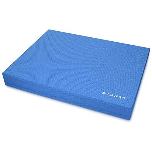 Navaris Balance Board Pad Balancekissen - 50 x 39 x 6,5 cm TPE Schaumstoff Matte - Balance Trainer für Physio Sport Gymnastik Yoga in Blau
