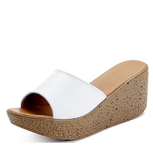 Sandales pantoufles d'été Chaussons en muffins en cuir féminin Pente extérieure avec pantoufles de mode Chaussons épais (4 couleurs en option) (taille facultative) ( Couleur : A , taille : EU37/UK4-4. A