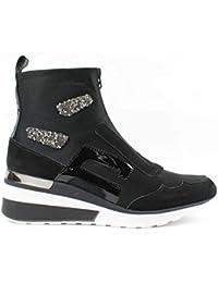 ec417ba586096 06 MILANO - Sneakers da Donna istituzionale