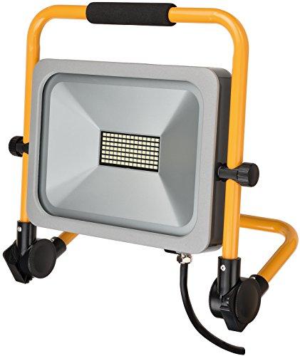 Brennenstuhl Mobiler Slim LED-Strahler (50 Watt, für außen und innen, Baustrahler IP54, LED Fluter) silber - Slim Bücherregal