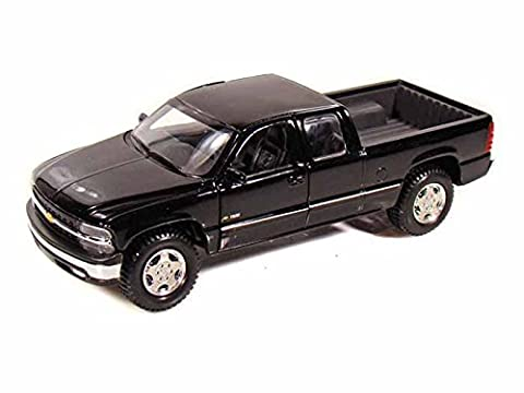 Maisto Chevy Silverado 1500 Extra Cab Pickup Truck 1/27 Diecast Model Car Black by Collectable Diecast