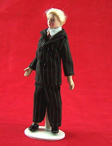 Puppe Mann Herr im gestreiften Anzug für das Puppenhaus Miniatur 1:12