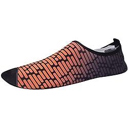 Zegeey Chaussettes d'eau pour Les Femmes - Confort supplémentaire - Protège Orteil Chaussures Aquatiques Homme Femme Chaussures de Yoga Chaussures de Bain Semelle Souple Chaussures de plongée