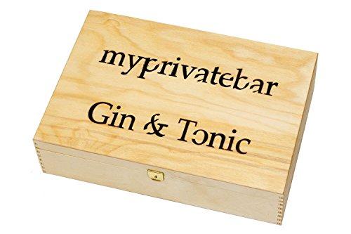 myprivatebar Gin Tonic Holzbox – Gin Tonic Set mit Bombay Sapphire, Thomas Henry & Gin Botanicals//WACHOLDERBEEREN, ORANGENSCHALEN, LAVENDELBLÜTEN//Gin Tonic Geschenkkorb