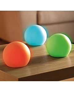 boule lumineuse led multicolores lumi re d 39 ambiance qui change de couleur lampe veilleuse. Black Bedroom Furniture Sets. Home Design Ideas