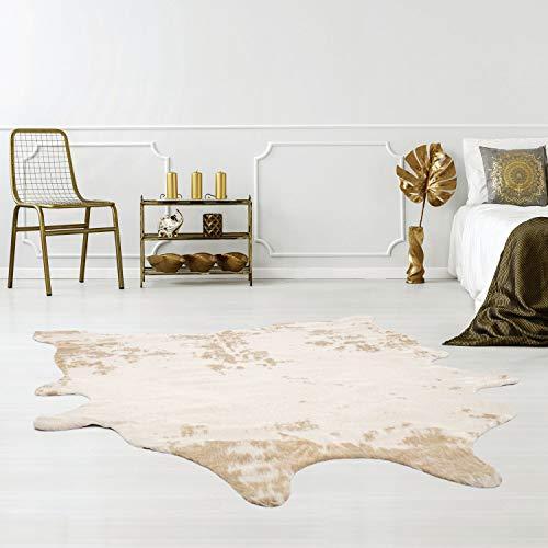 Qilim Kunstfell-Teppich tierfellförmig mit Tierfell-Optik in Kuh-Look Creme/Beige, Flachflor aus Polyester mit Anti-Rutsch-Rückseite; Größe: 150x200 cm