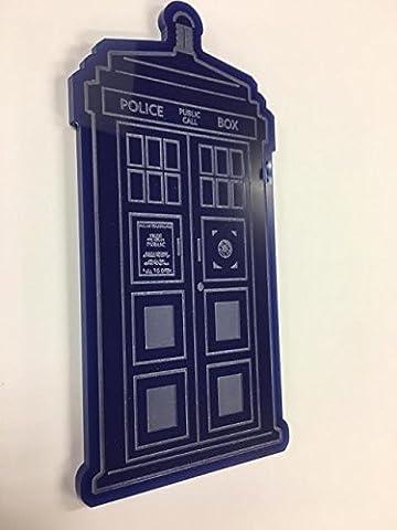 Dr Who Blau glänzend Acryl Tardis. Tolles Geschenk für jeden Fan der TV Serie Young und alt.