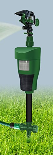 Defenders Jet-Spray Fox Repeller (Motion Sensor Fox, Cat, Squirrel and Heron Deterrent, Deters Garden Pests Humanely, Connects to Garden Hose, Battery Powered)