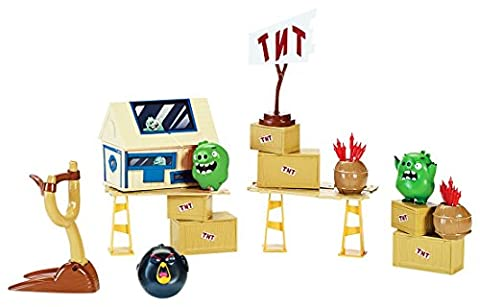 Angry Birds Attack on Pig Island Playset
