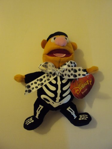 ween Fozzie Bear As Skeleton Plush Stuffed Animal Toy by disney ()