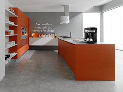 DeLonghi ESAM 3000.B Kaffee-Vollautomat (1350Watt, 1,8 Liter, 15 bar, Dampfdüse) schwarz - 4