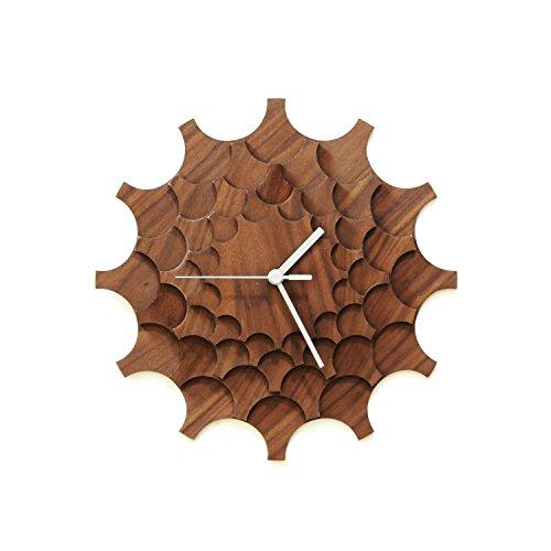 Cogwheel Walnuß - 29cm moderne Wanduhr aus Walnuß-furniertem Sperrholz -